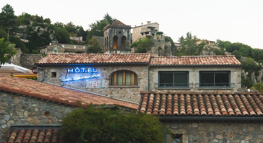 hôtel la garenne à Labeaume