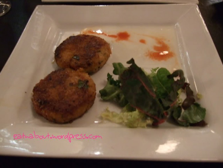 The Cat's Meow: crab cakes