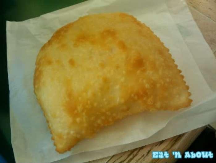 Empanada Hut: Cheese Empanada