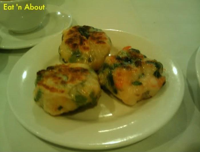 Dim Sum at Golden Sea City: Pan-fried shrimp dumplings with chives