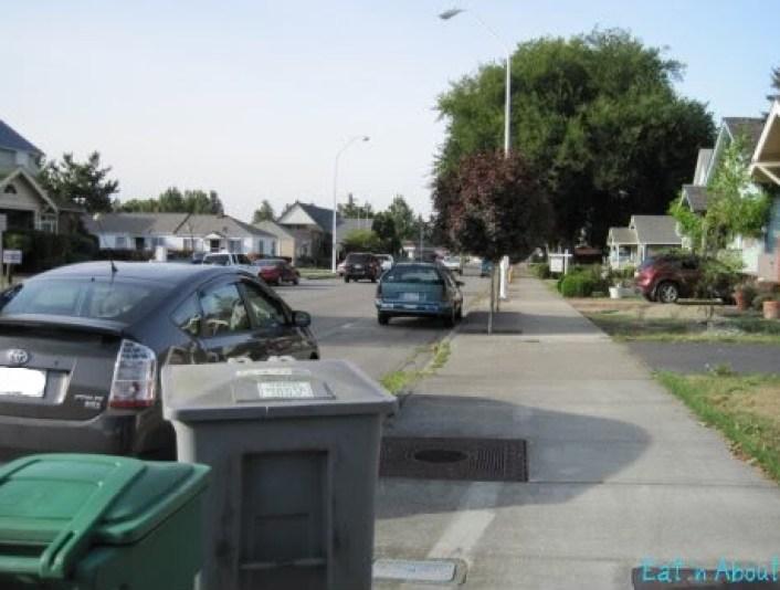 Chapinlandia parking