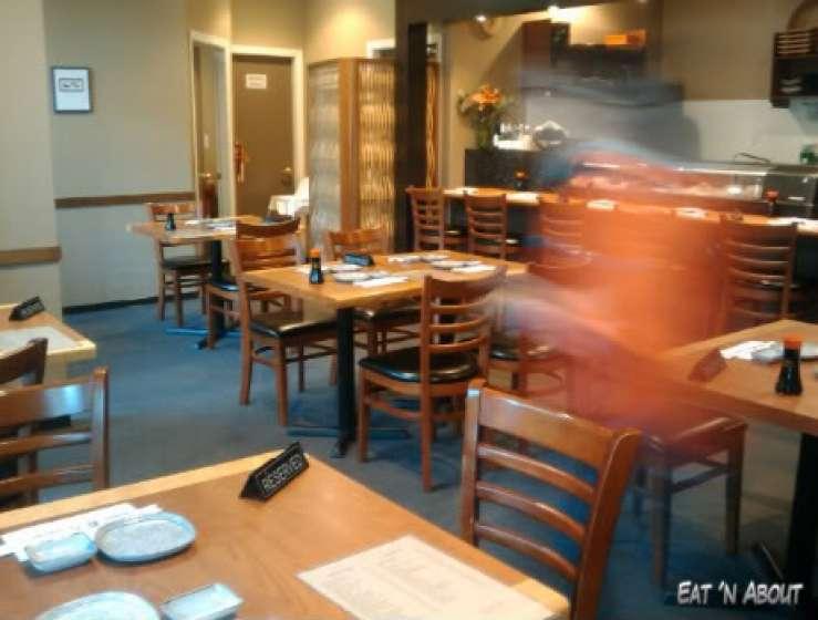 Sushi Hachi: interior