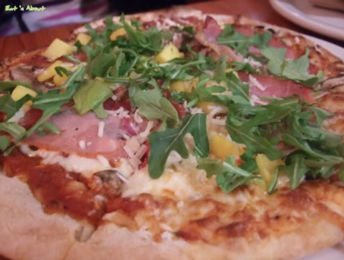 Rocky Mountain Flatbread Co: Parma Ham pizza