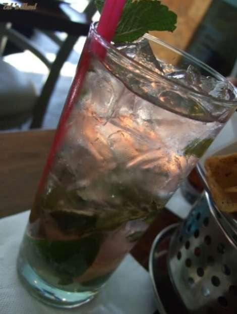 Laziza Modern Mediterranean: Pomo Mojito