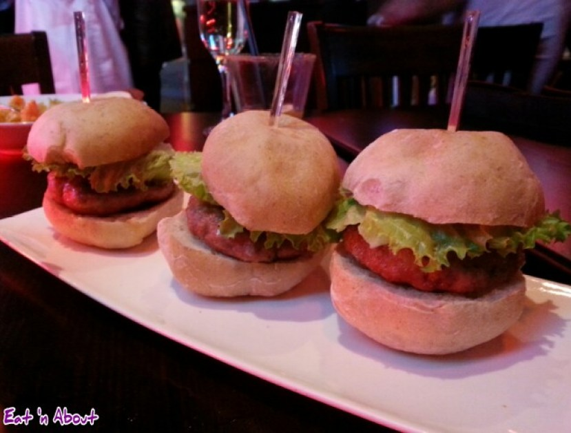 lickerish lounge: Mini Burgers