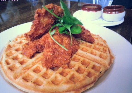 Tableau: Chicken and Waffles