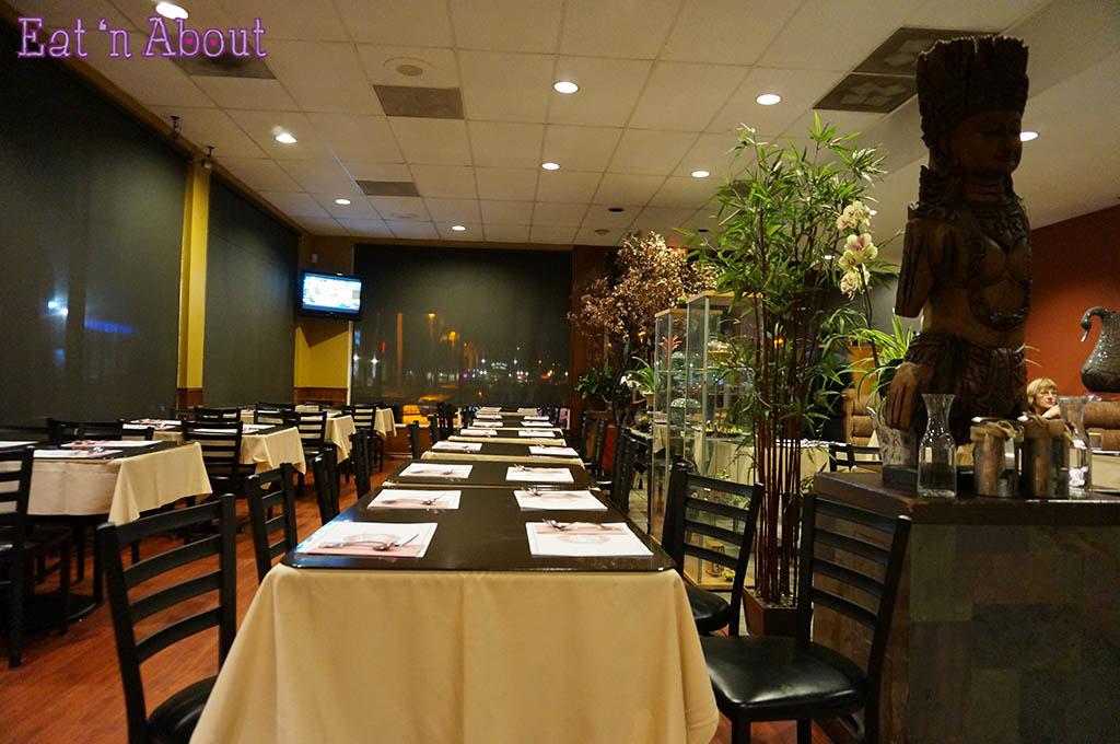 Spices Thai Cafe - interior