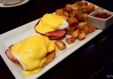 EBO Restaurant - Classic Eggs Benedict