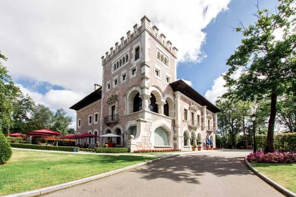 castle hotel la zoreda oviedo