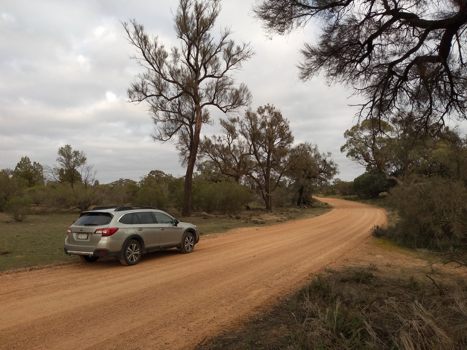 The long dirt road through Hattah - Kulkyne National Park. North West Victoria Tour, July 2020.