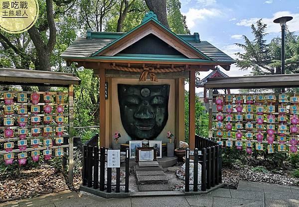 。東京 上野。上野大佛:上野恩賜公園裡的合格大佛,考生必去的所在。