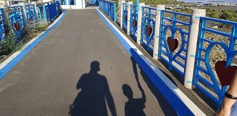 """。台中 龍井。麗水漁港:披上地中海風格的海線""""小希臘"""",騎車散步都超適合的好去處。"""