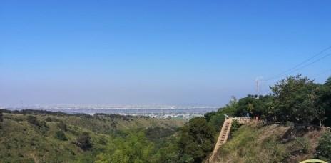 。台中 龍井。竹坑南寮登山步道-悠閒好走的平坦步道、瞭望大肚溪&火力發電廠的風景,大肚山上的登山步道。
