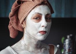 Medicinal and Cosmetic Uses of Bentonite clay