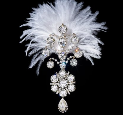 Diamond Turban Jewel (Photo by Al Thani Collection)