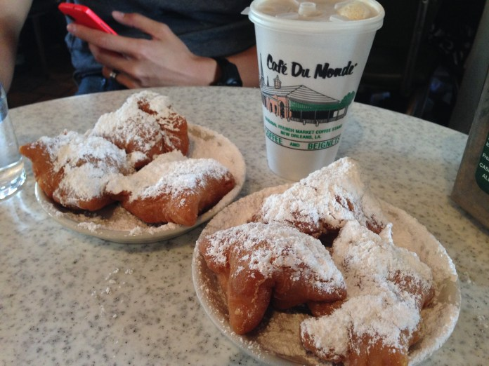 Beignets and cafe au lait at Cafe du Monde