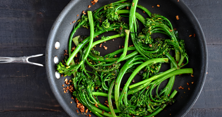EASY SAUTEED GARLIC BROCCOLINI