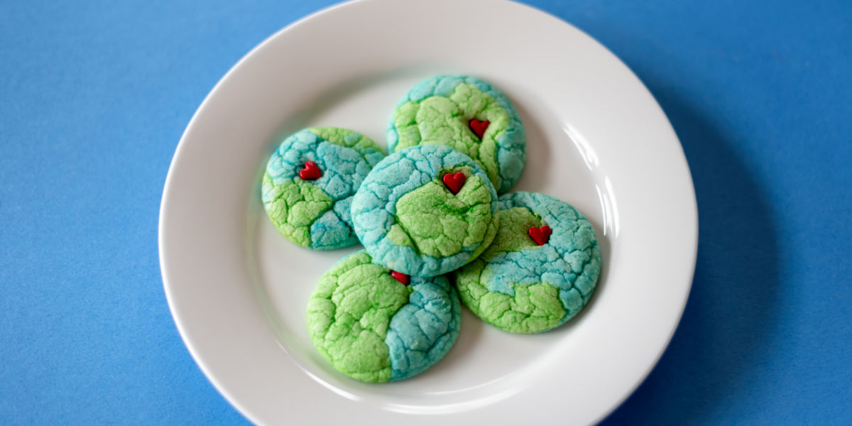 MAGICALLY SIMPLE EARTH DAY COOKIES