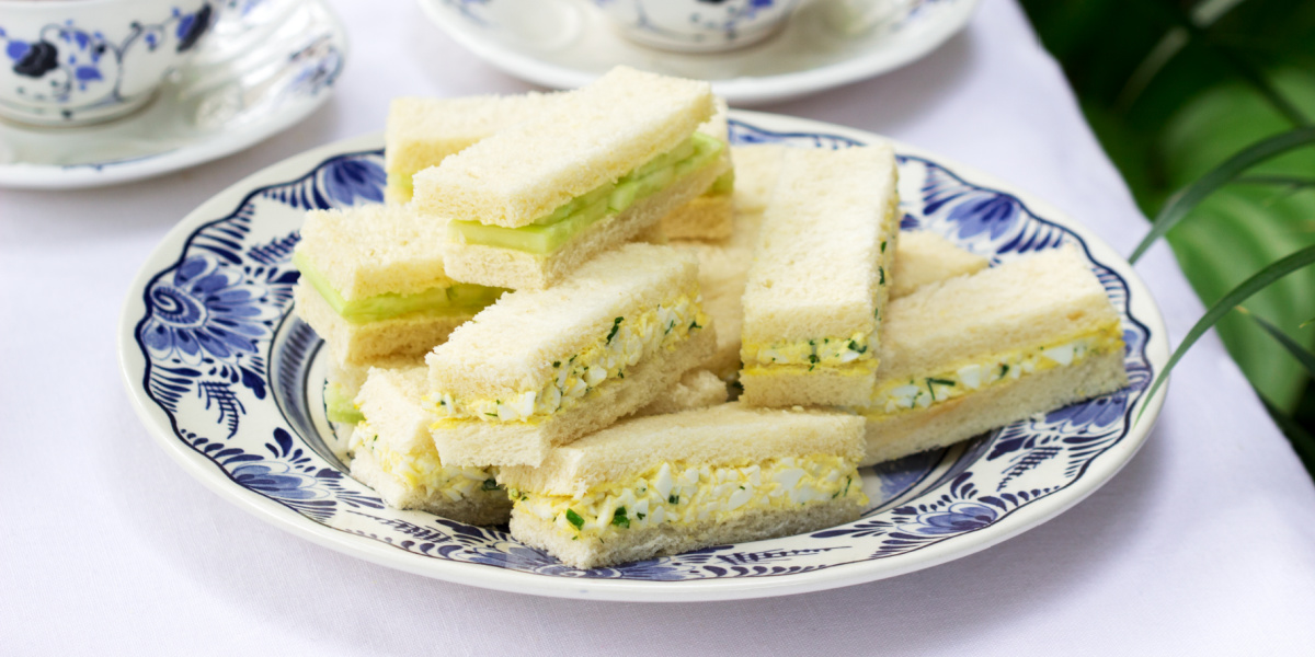 EASY EGG SALAD FINGER SANDWICHES