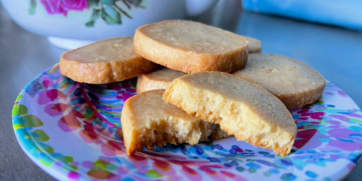 SOUTHERN CHEESE SQUARES