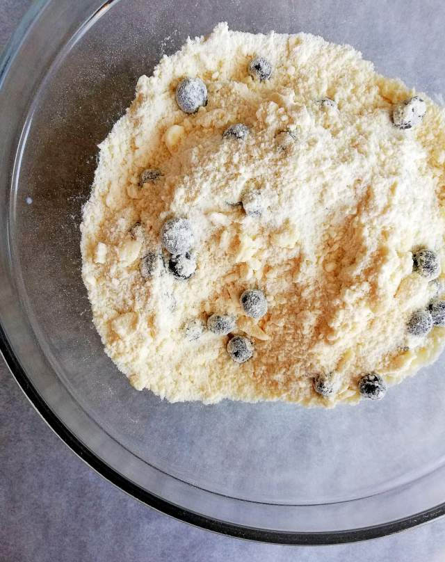 blueberry scones dry ingredients