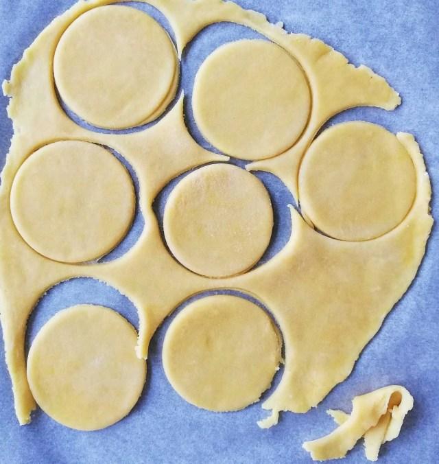mini tarts cutout
