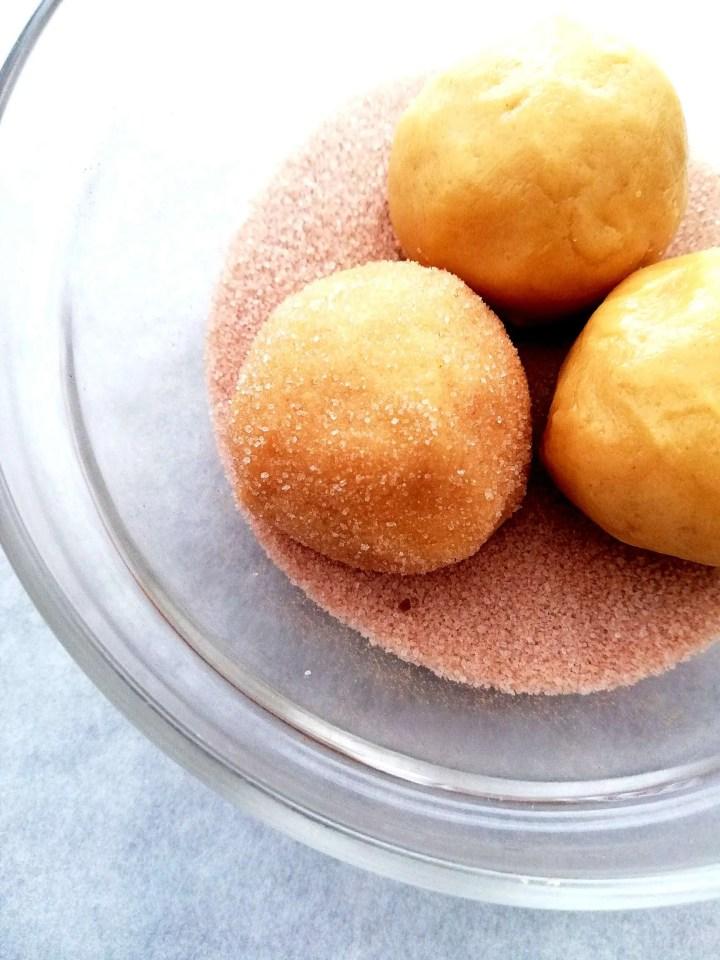 snickerdoodles rolling in cinnamon sugar (1)