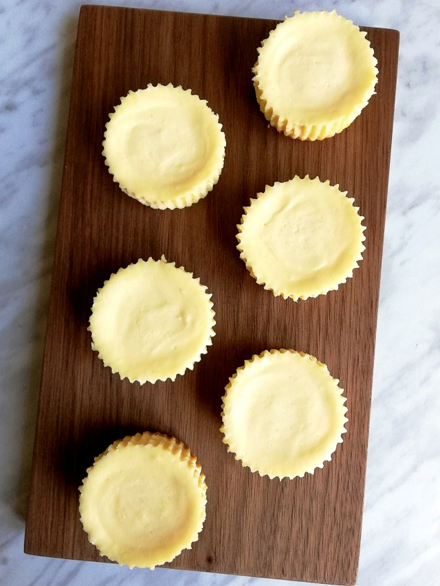 mini cheesecakes on serving board
