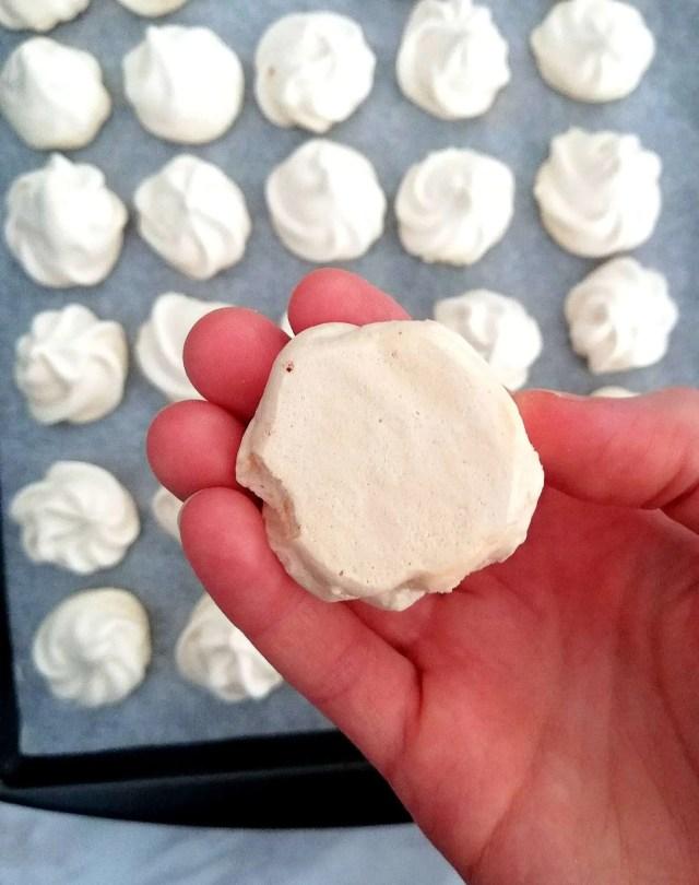 meringue cookies bottom