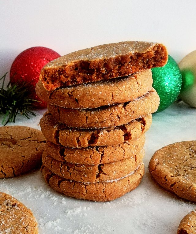 molasses cookies inside view