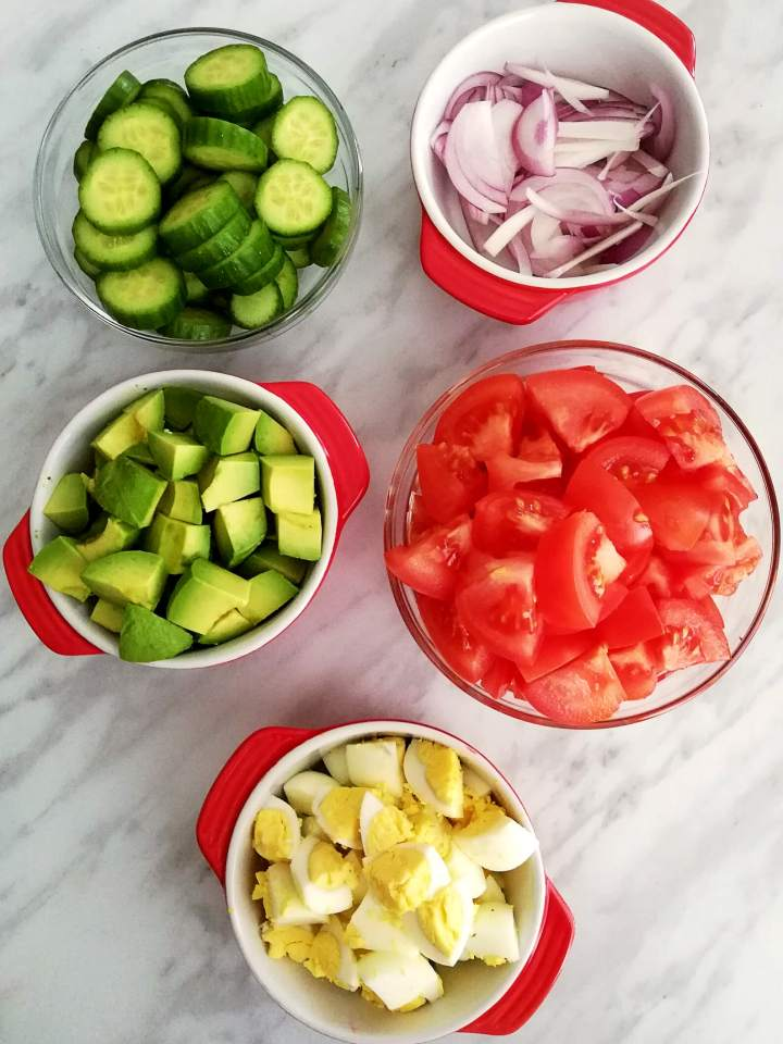 egg and avocado salad ingredients