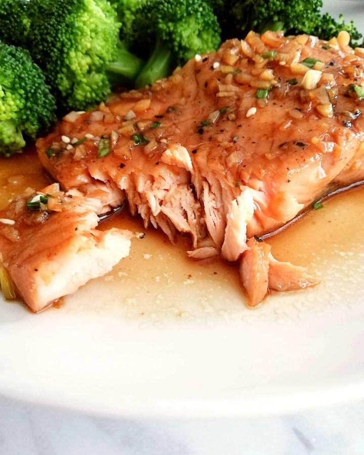 honey garlic salmon flaked close up