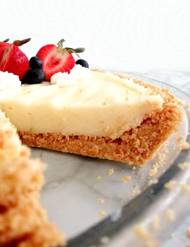 no bake fruit tart sliced inside view