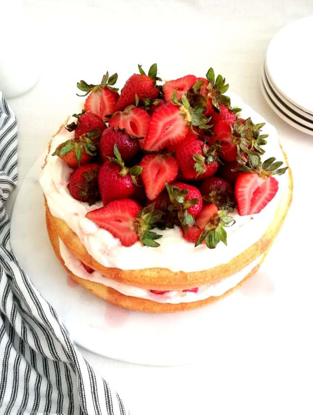 strawberry shortcake cake assembled three quarter view (1)