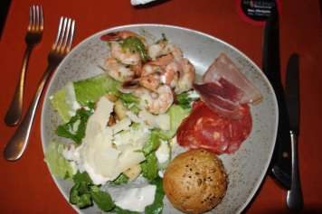 Moderno on Norwegian Escape