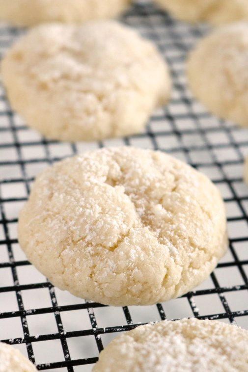 Gooey Butter Cookies | Gooey butter cake in the form of cookies. These gooey butter cookies use all dairy free and gluten free ingredients but taste just as good as the original. | eatsomethingdelicious.com