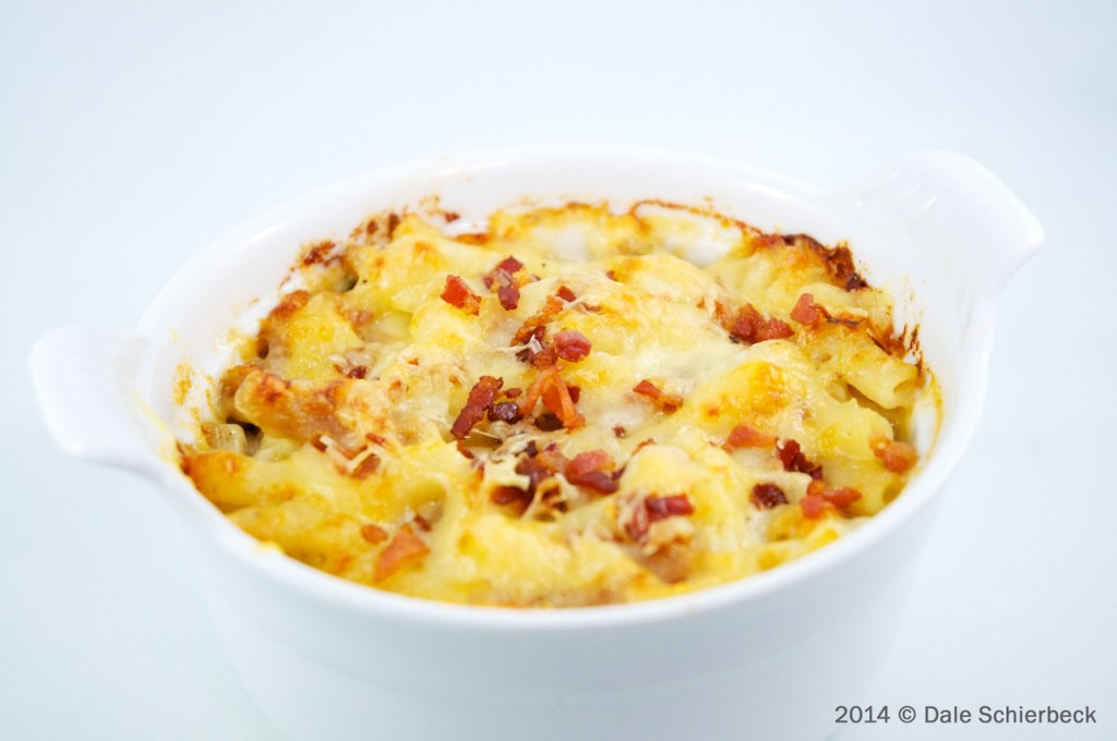 Macaroni and Six-Cheeses … with pancetta crumble