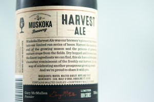 Review Muskoka Harvest Ale (back)
