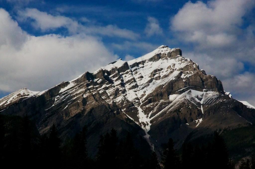 Angular_Mountain