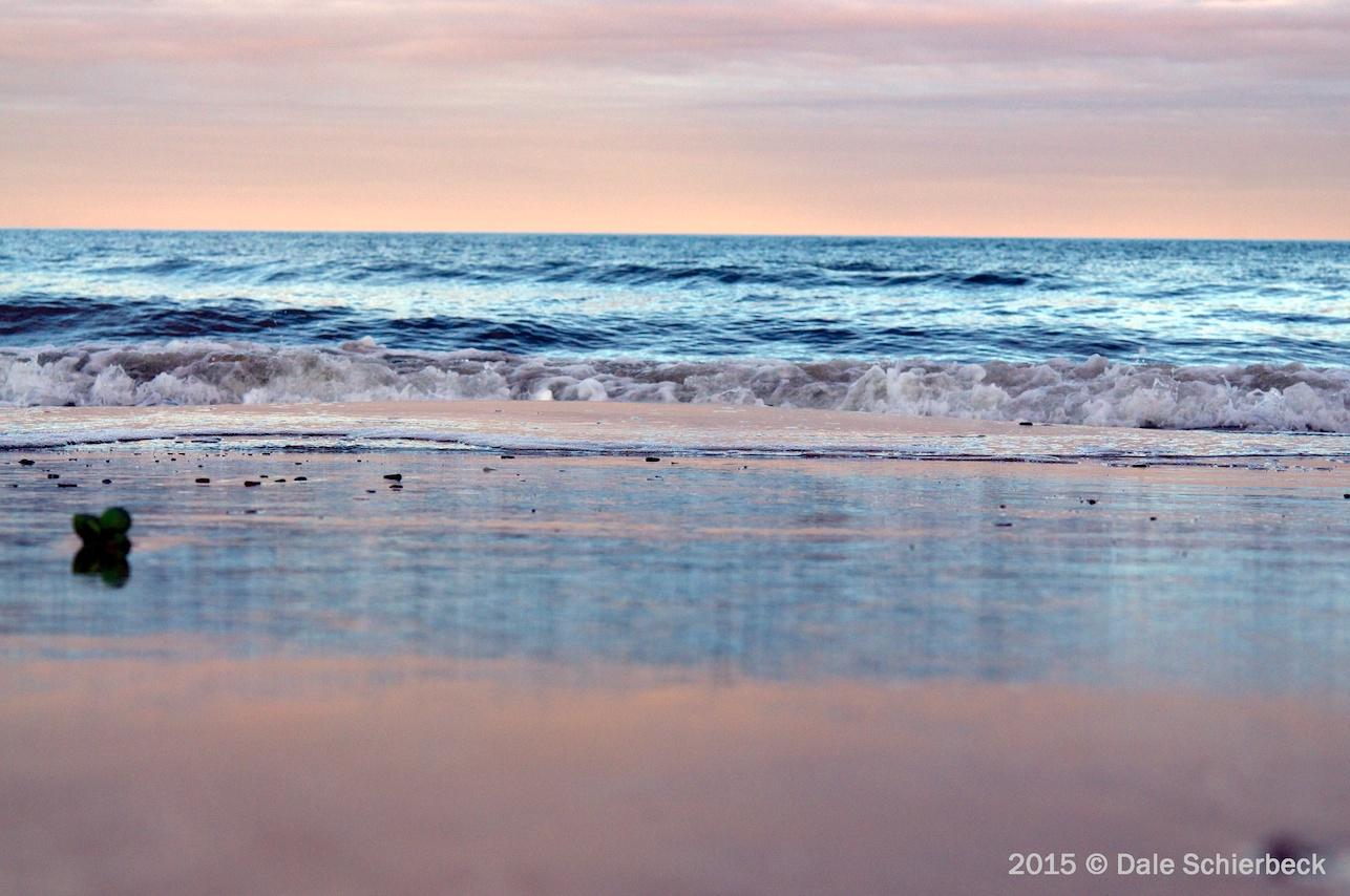 Monochrome Beach1