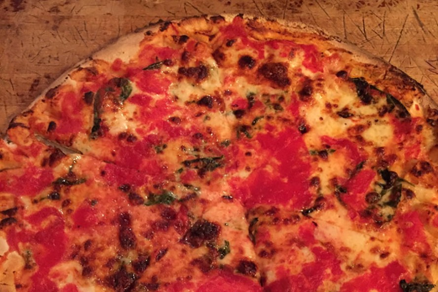New York Pizza (C)EatTalkTravel