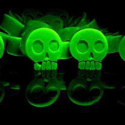 Halloween Recipe: Green Glowing Absinthe Gummies