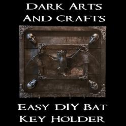 Easy DIY bat keyring holder hero