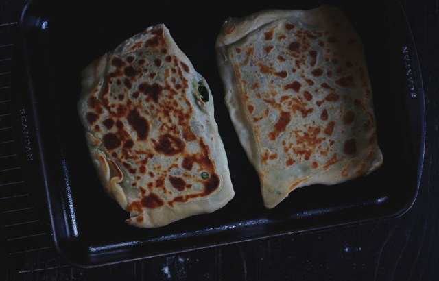 gozleme in the pan