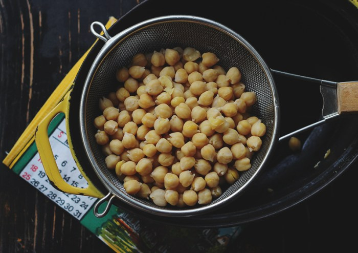 chickpeas for hummus