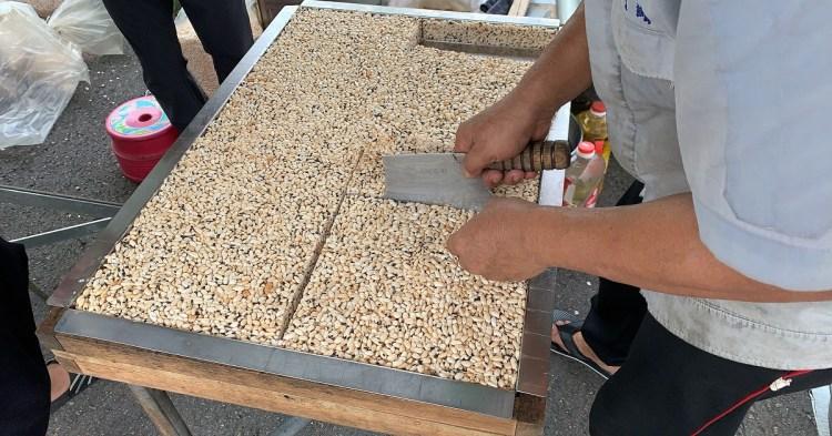 台南行動發財車|「方爆米香」傳统古早味的零嘴,聽到熟悉的爆炸聲,就知道爆米香來囉!