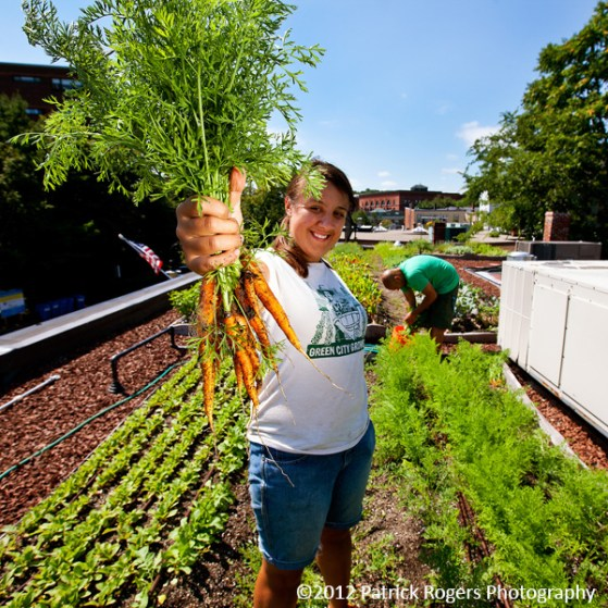 """""""Harvest in Hand"""" - Ledge Kitchen & Drinks, MA    (c)2012 Patrick Rogers Photography"""