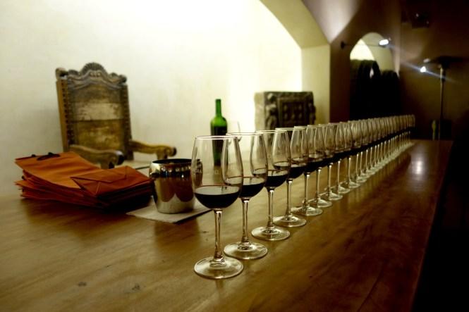 eat_wear_wander_wineglasses