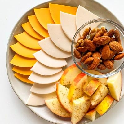 """Plant Based Snacks Ft Daiya """"Cheese"""" Slices"""