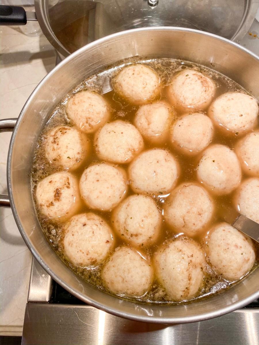 Mama's Matzoh Ball Soup